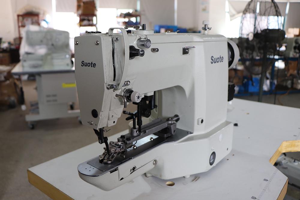 Příprava před šicími stroji